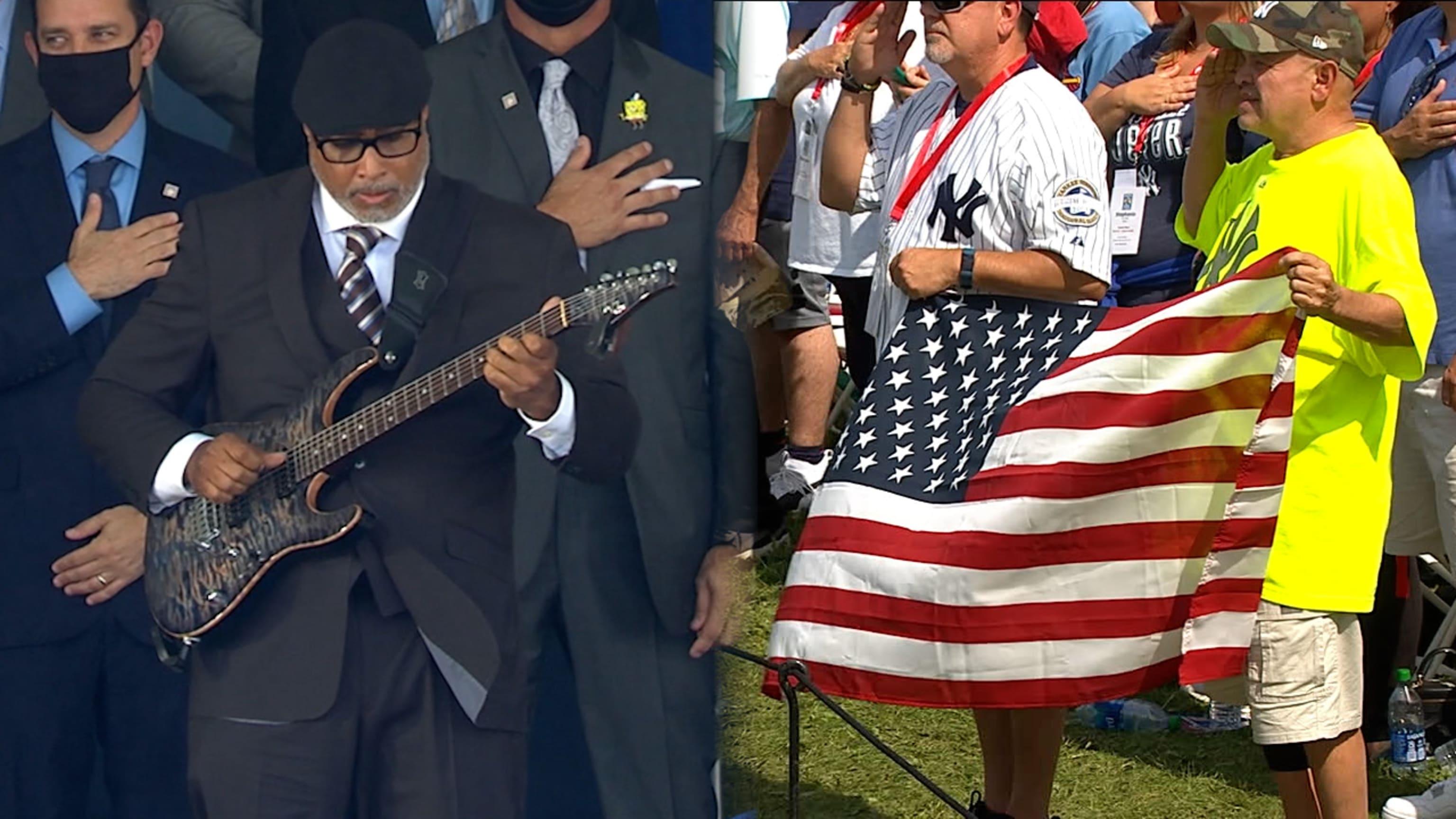 Bernie Williams performs anthem