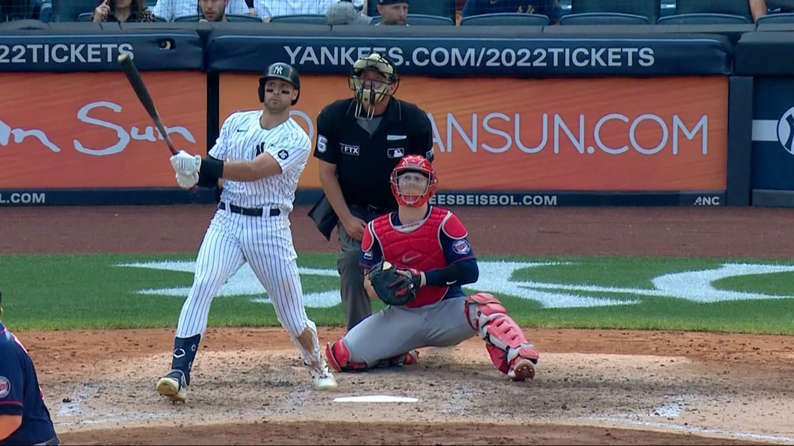 Los Yankees pegan 2 jonrones