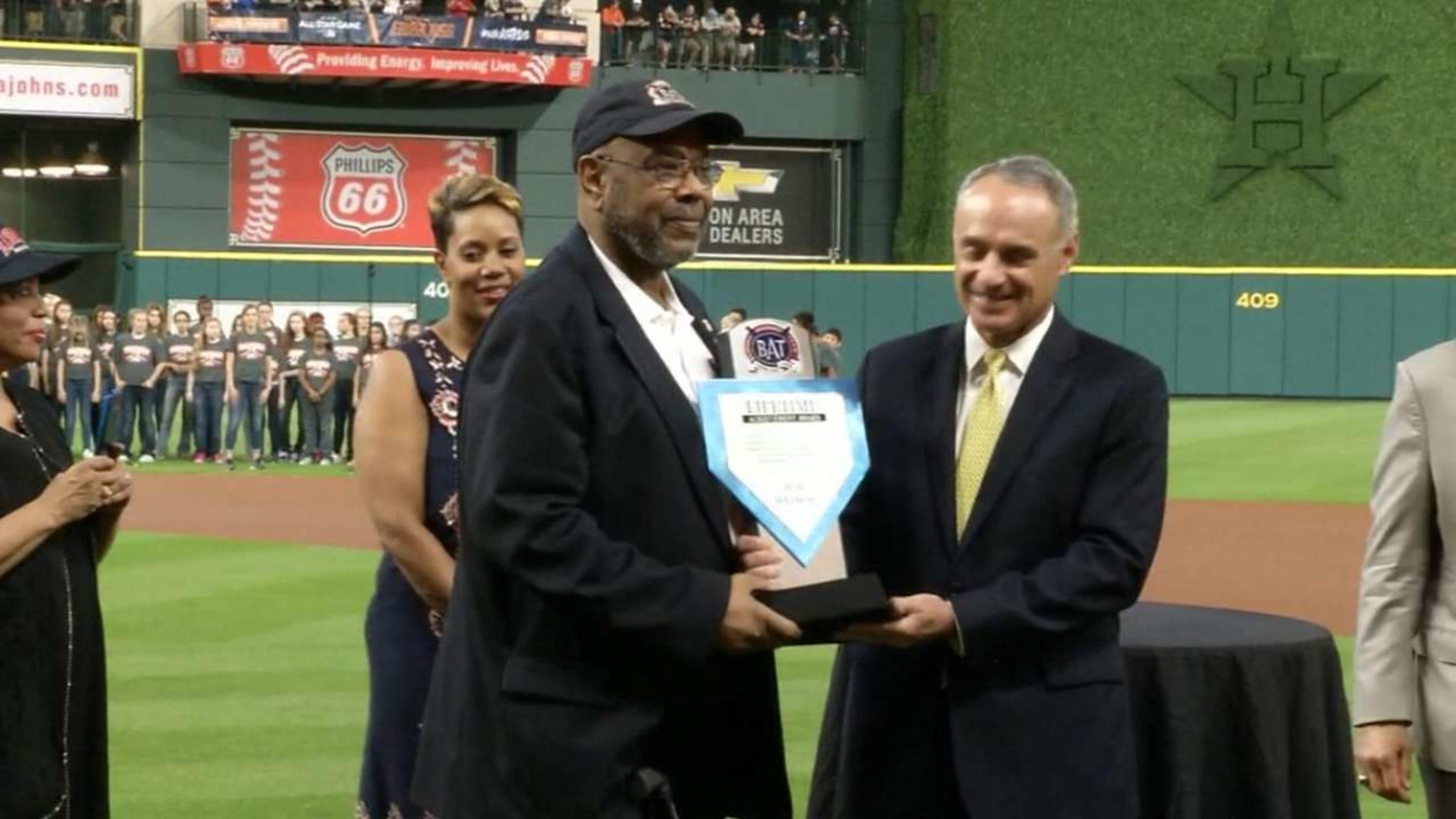 Bob Watson honrado en Houston