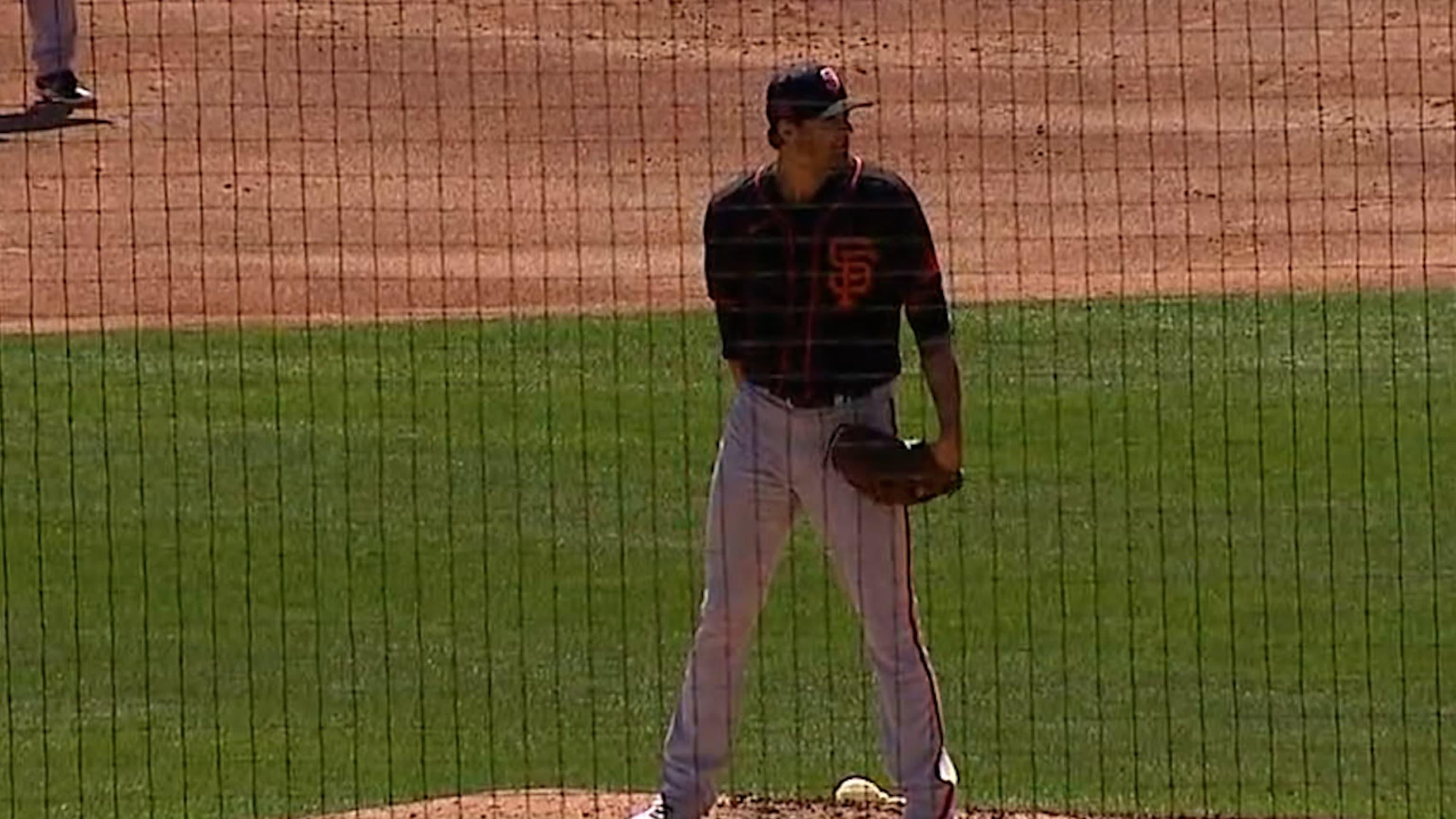 Kevin Gausman poncha a 3 bateadores
