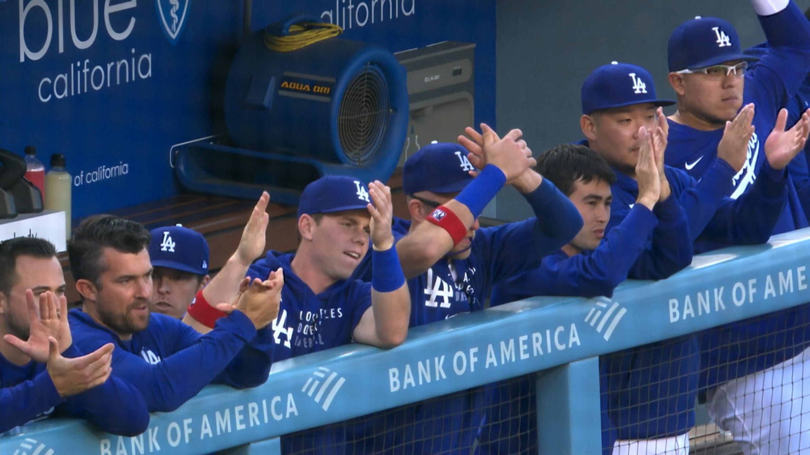 Dodgers producen 11 en la 1era