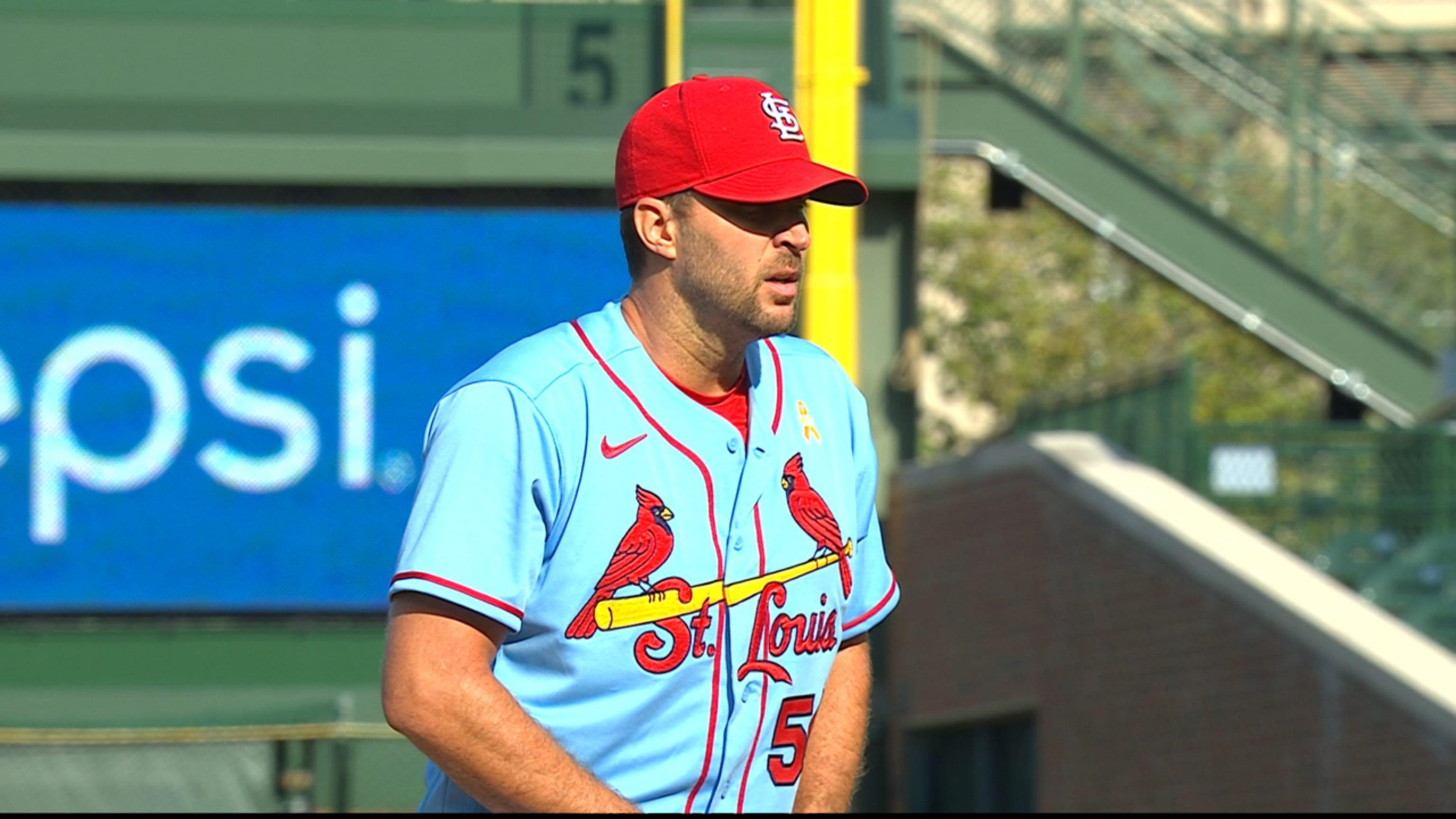 Adam Wainwright leads Cardinals' win over Cubs
