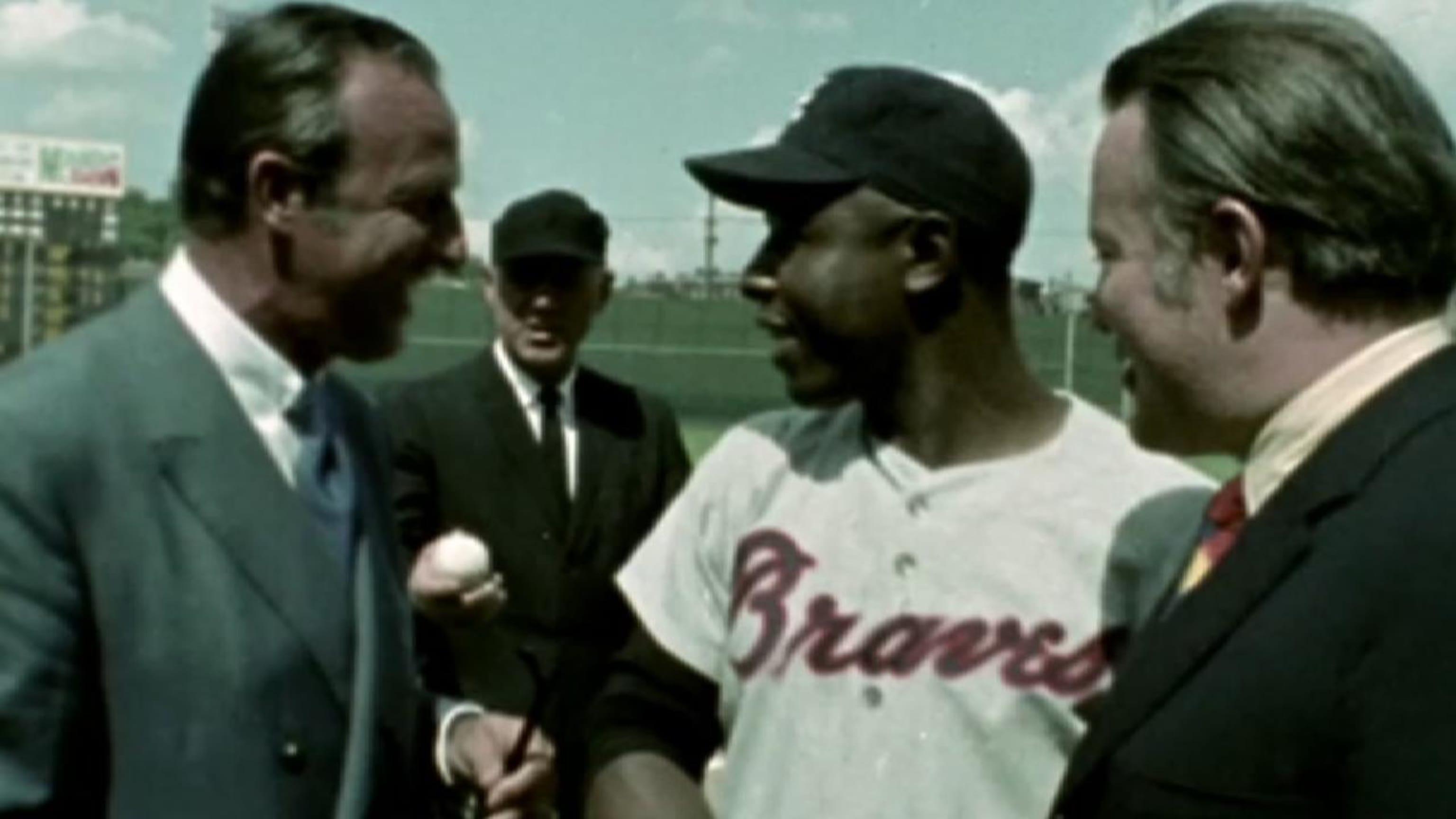 Hank Aaron llega a 3,000 hits