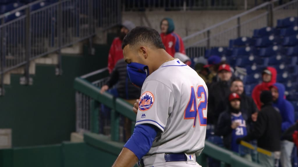 Mets pull out win over Phillies in 11th inning