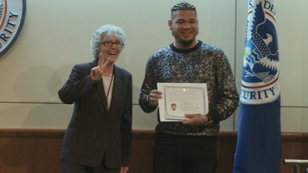 Felix Hernandez becomes United States citizen | Seattle Mariners