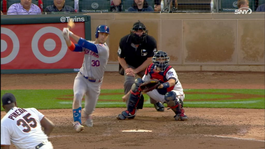 Conforto does it with bat, glove to propel Mets past Twins