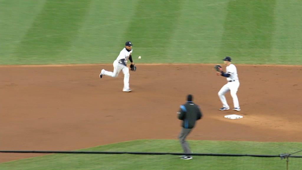 Yankees lose again as Chapman takes loss