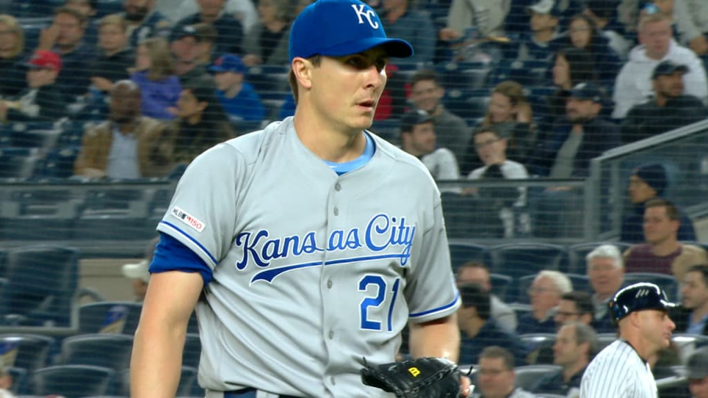 Homer Bailey shuts down Yankees in 6-1 loss to Royals