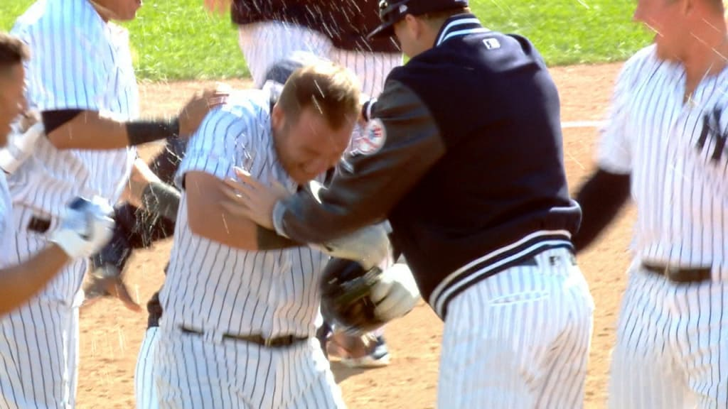 Yankees rally to win in extras on Romine walk-off
