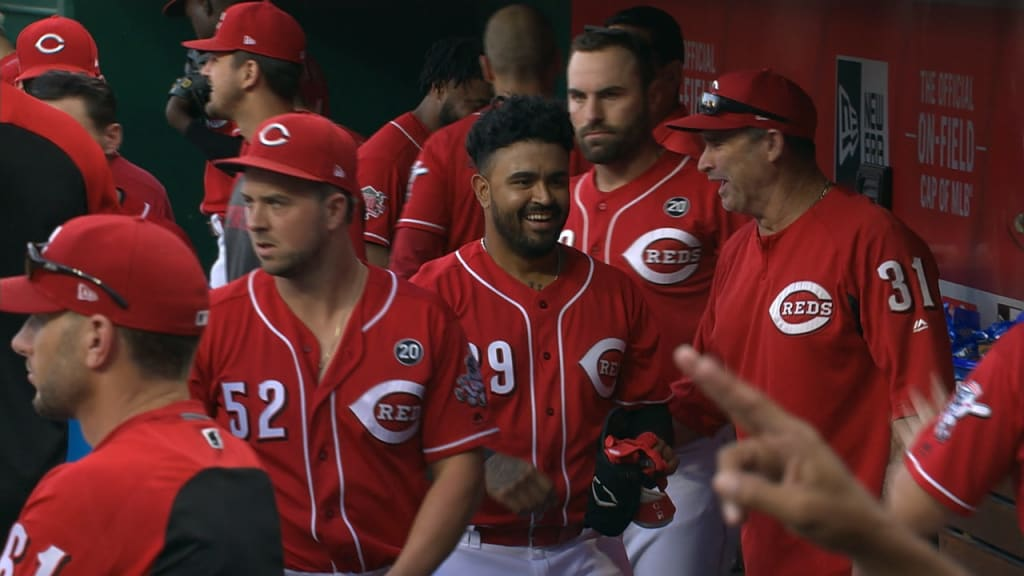 Mets fall 3-2 to Reds as their postseason chances continue to decrease