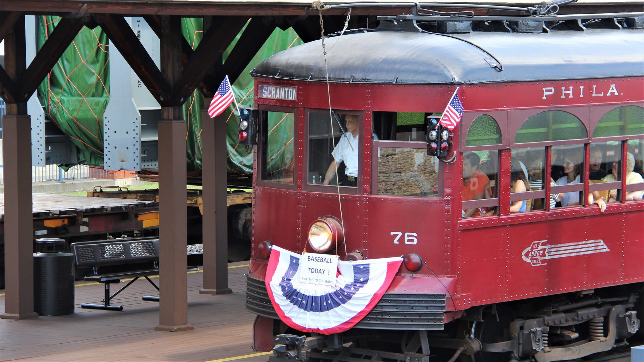 2568-Baseball-trolley