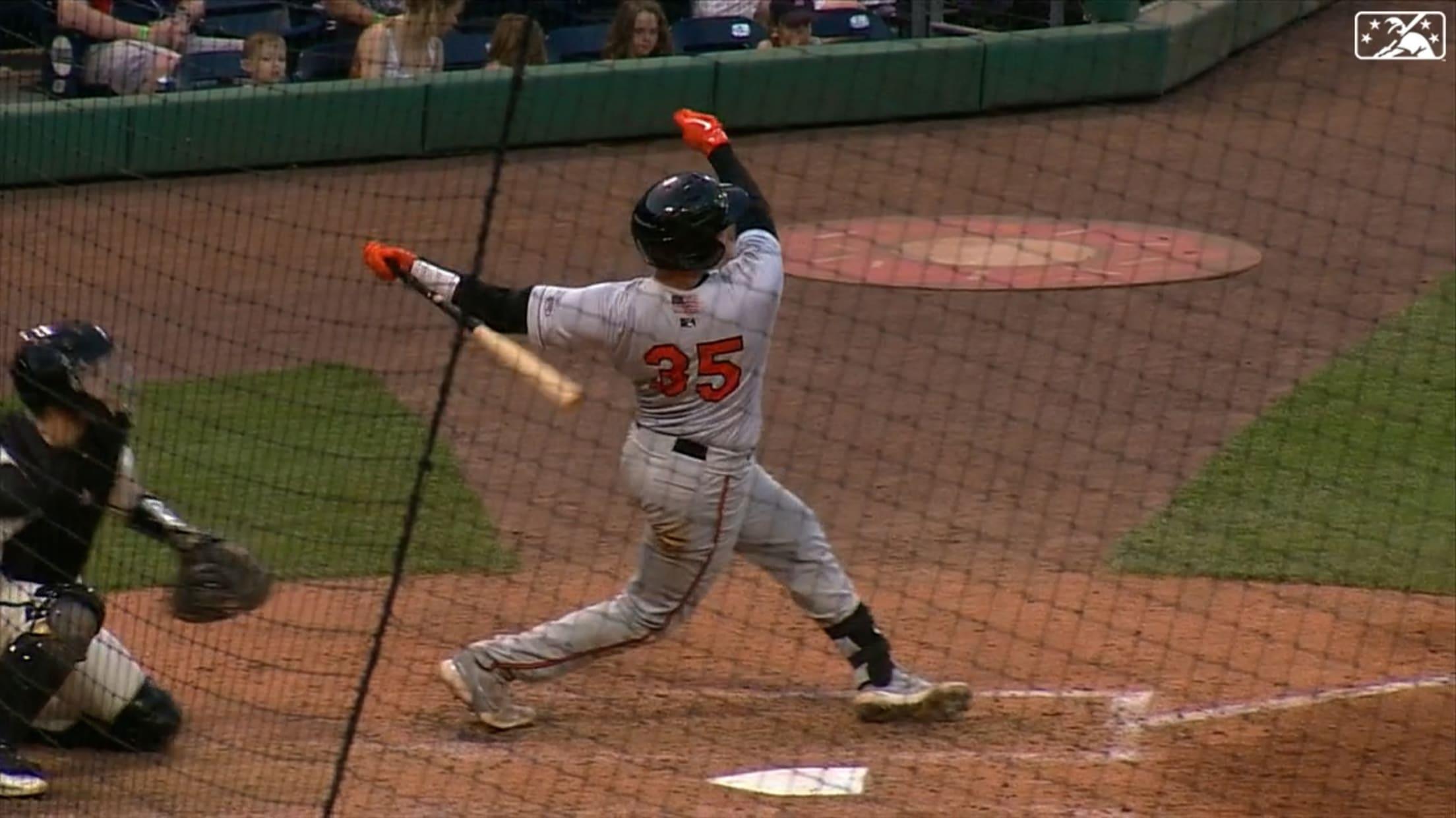 Rustchman's game-tying homer