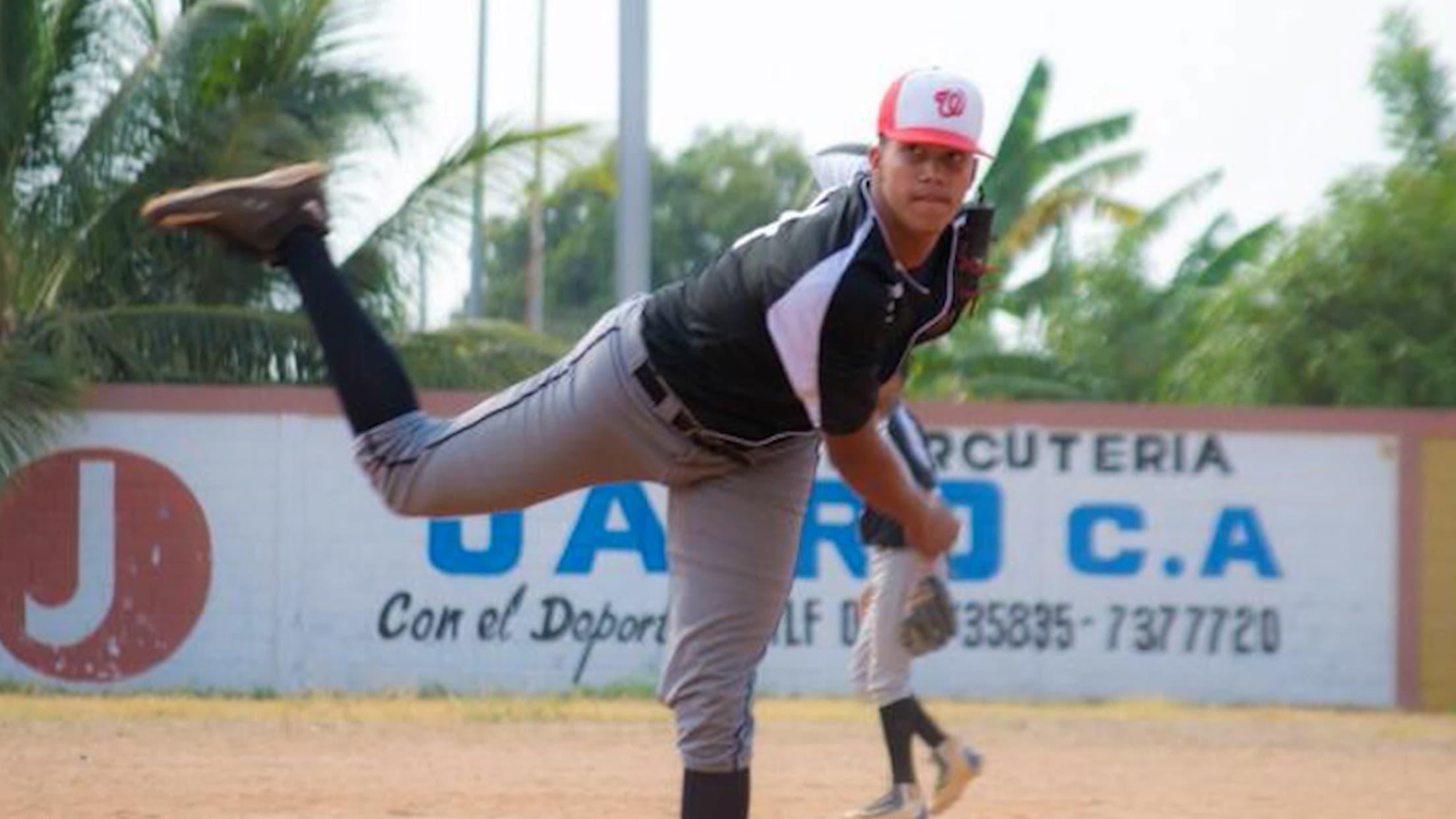 Top Prospects: Andry Lara