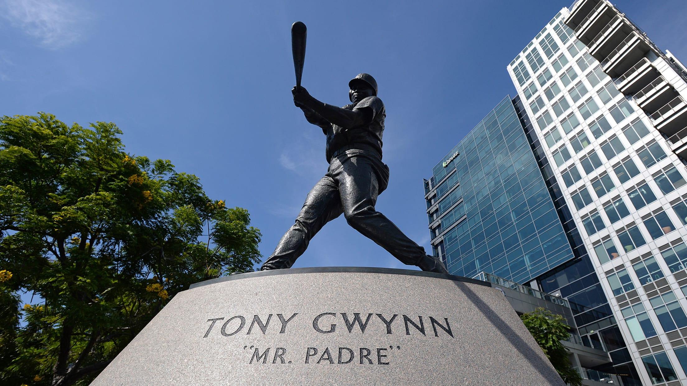 gwynn_tony_statue_1920