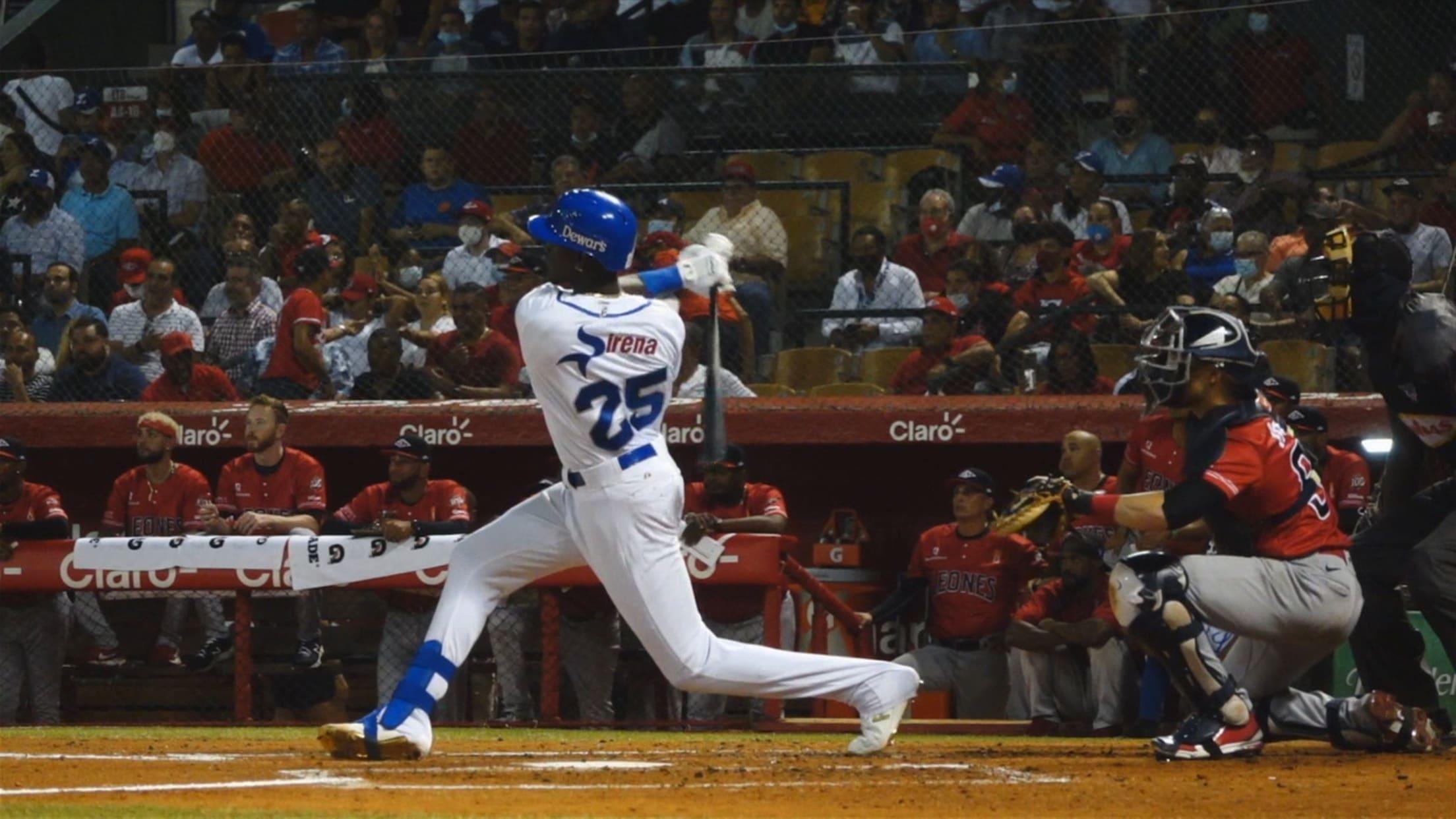 Ronny Mauricio's two-run homer