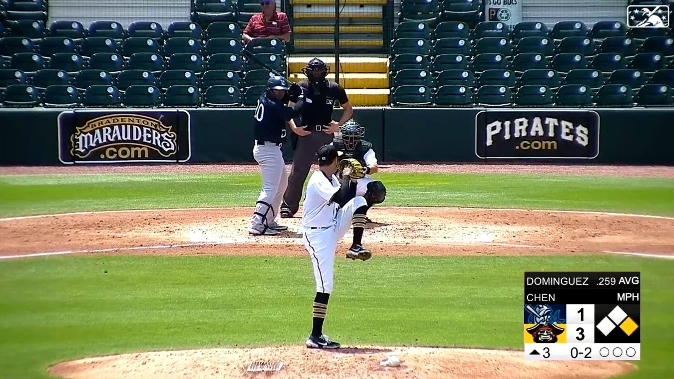 Dominguez's 5th home run