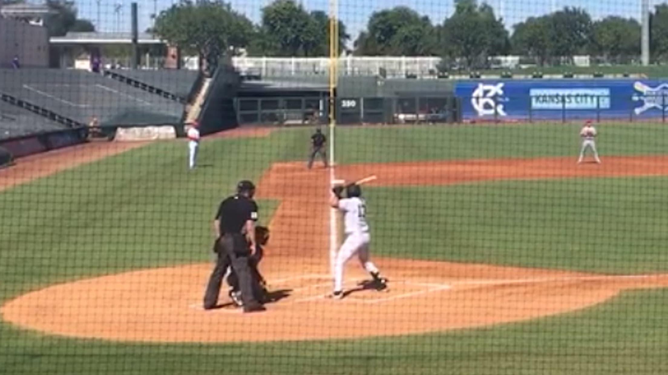 Austin Wells hits double, homer
