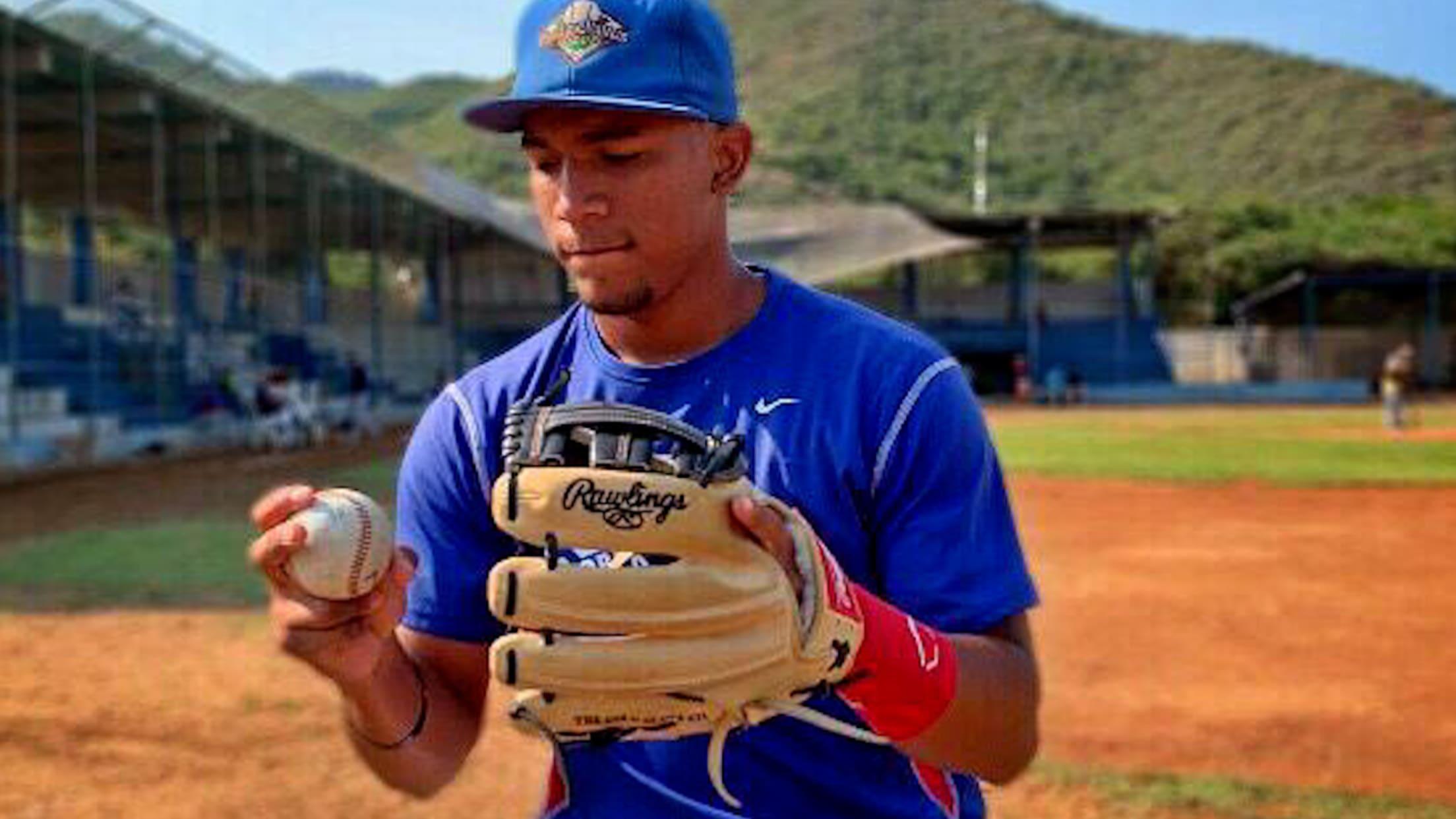 Top Prospects: Maximo Acosta