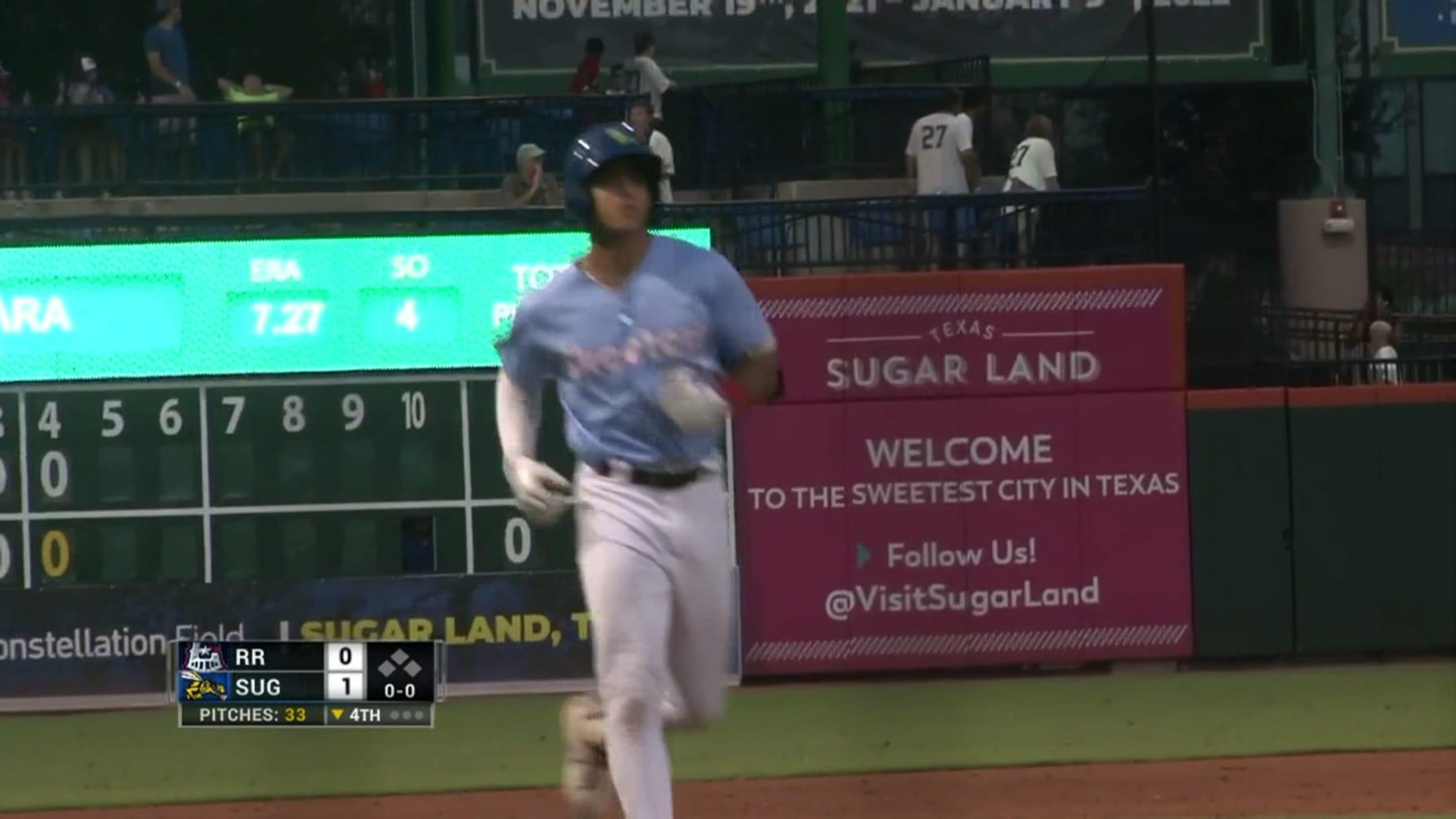 Peña crushes 10th home run