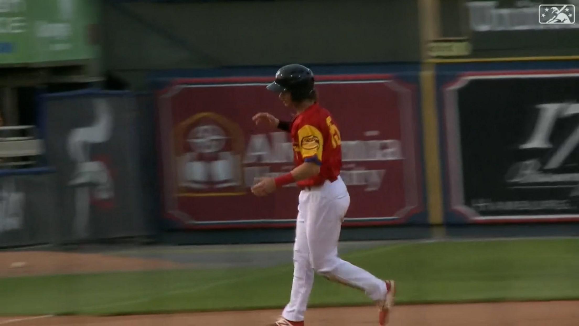 Stott lines his 8th homer