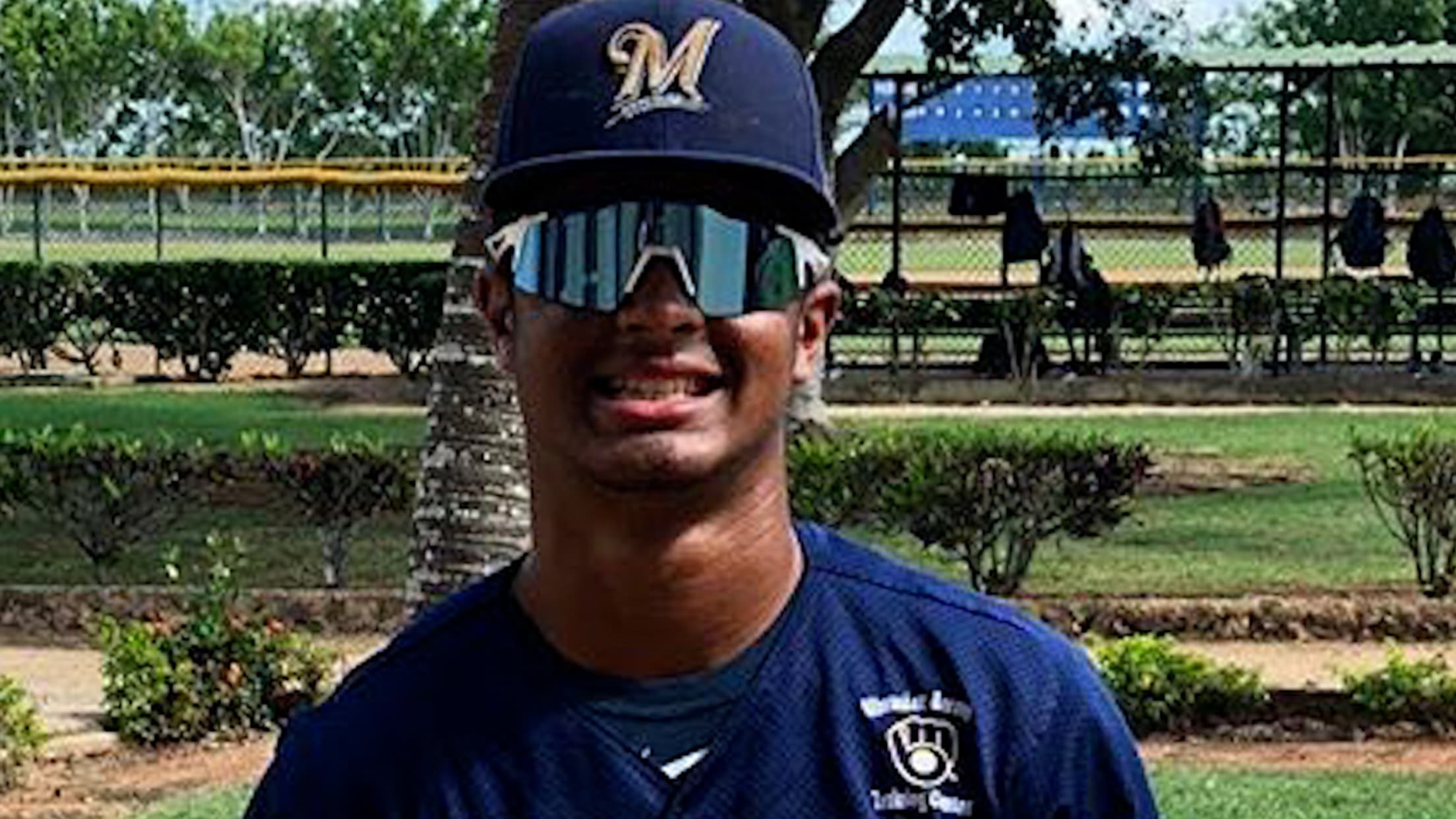 Top Prospects: Hedbert Perez