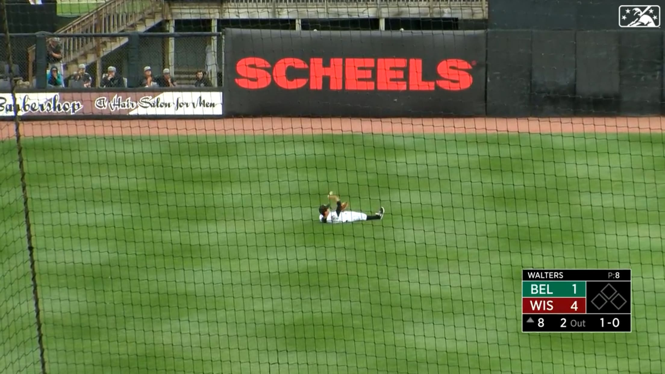 Frelick makes diving catch