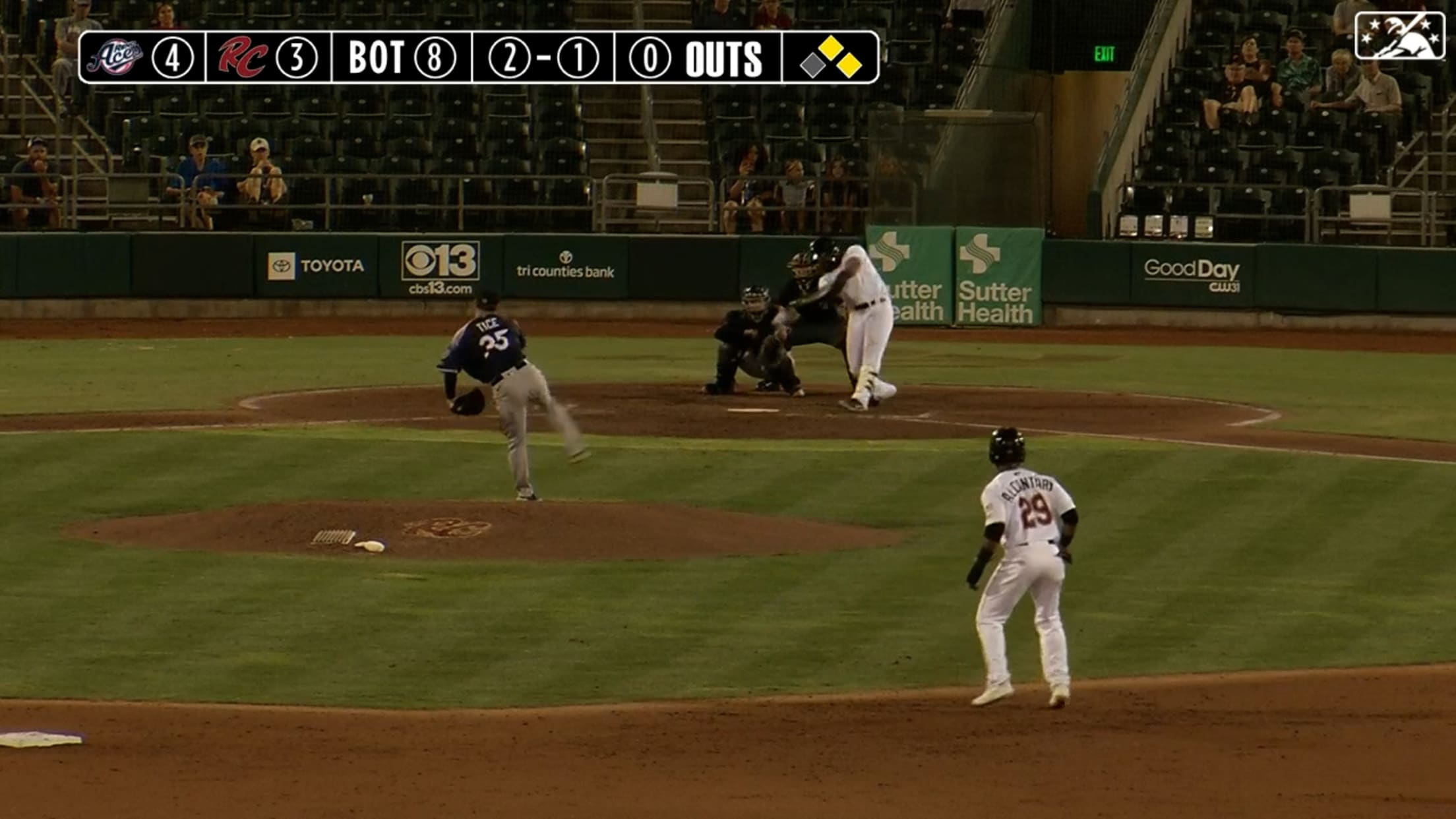 Ramos doubles for 4th hit of game
