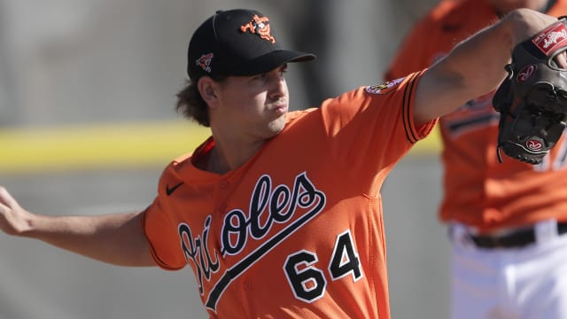 O's add righty prospect Kremer to player pool