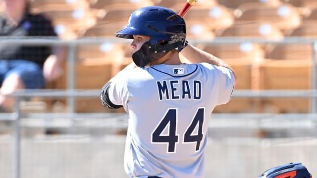 Mead hammers go-ahead 3-run HR