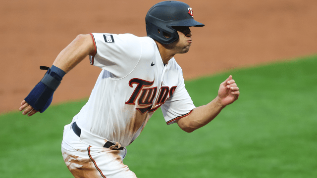 Twins place Kirilloff on IL, activate Sanó