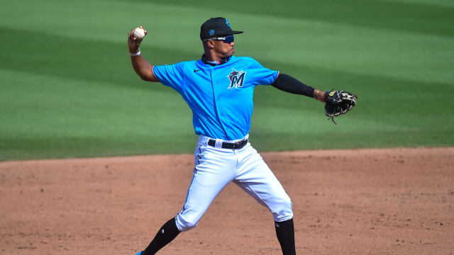 Marlins add prospect Devers; Anderson to IL