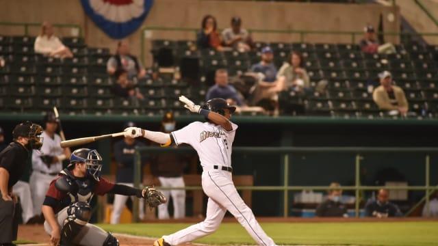 Abrams racks up four hits, four RBIs