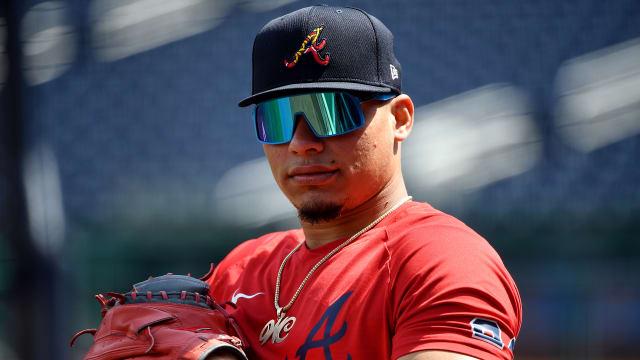 With bro's help, Contreras a rising prospect