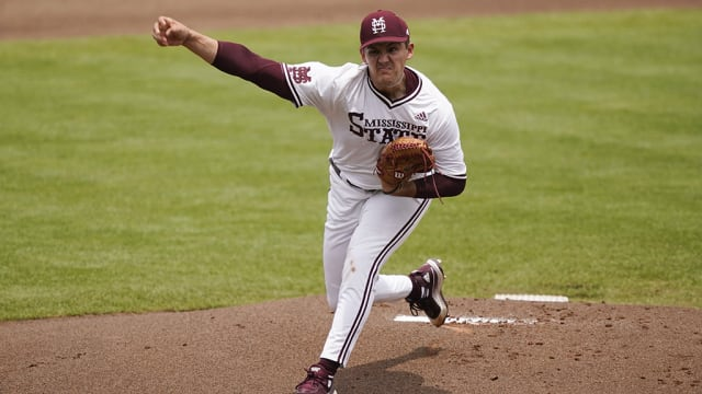 Bednar fans 15 in College World Series action