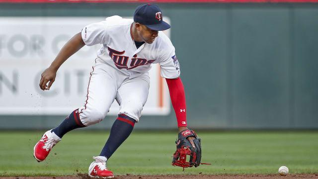 Twins injury updates on Jonathan Schoop, Byron Buxton | MLB com