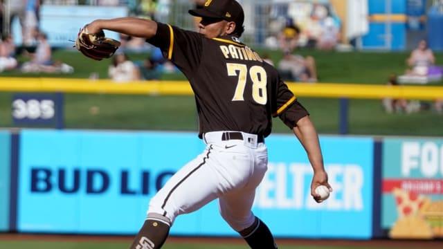 Padres call up prospect Luis Patiño