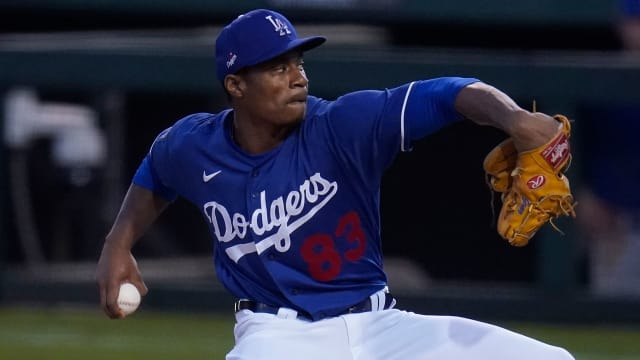 Ruiz, Gray among Dodgers' first roster cuts