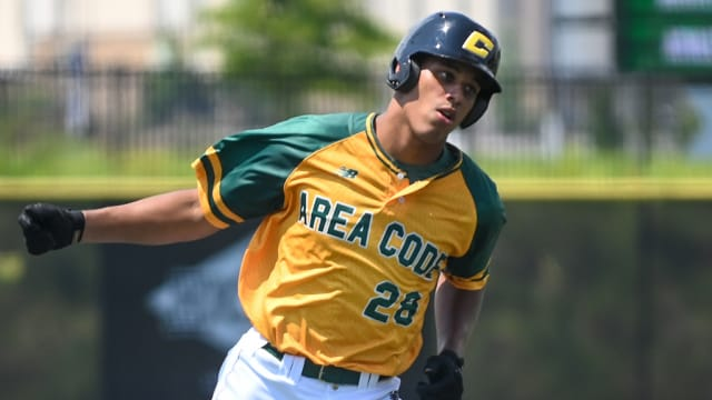 Pirates, No. 64 Draft pick White have deal