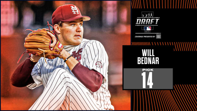 Giants take RHP Bednar from CWS champs