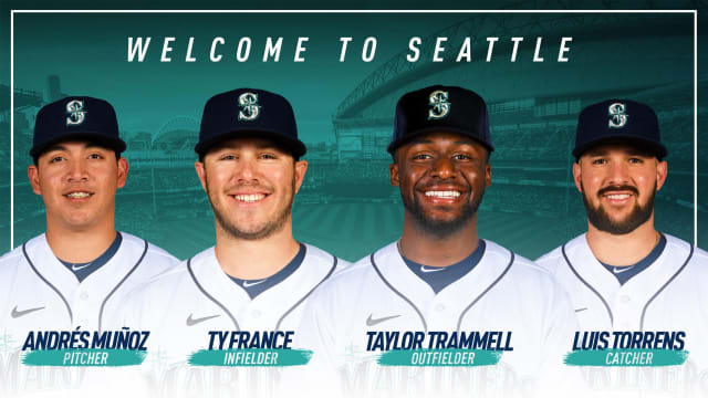 Mariners add Trammell in 7-player deal