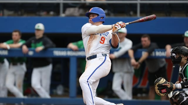 Rangers reach deals with 7 undrafted players