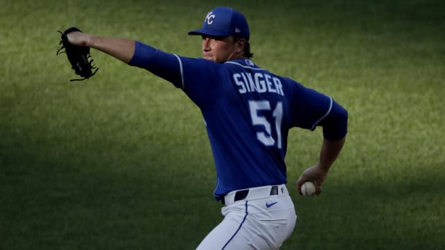 Notes: Singer's roster chances, Soler power