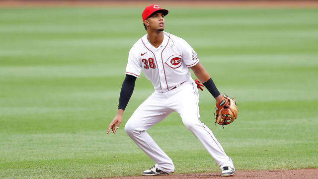 Reds have options in search for shortstop