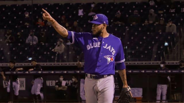 Woods Richardson impresses vs. Yanks' stars