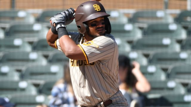Padres' Rosario shows off tools in AFL