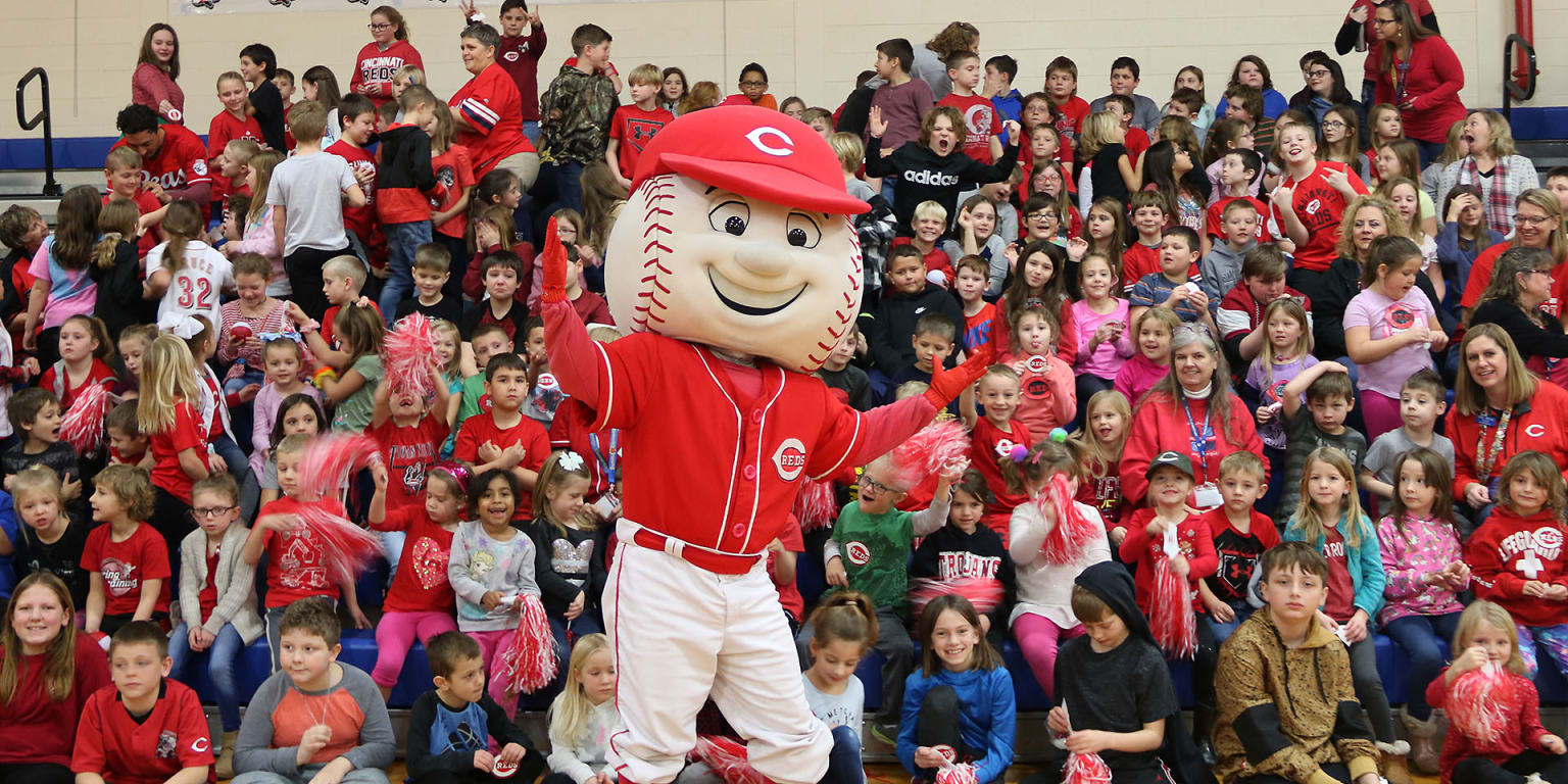 Sunman students elated by Reds Caravan visit