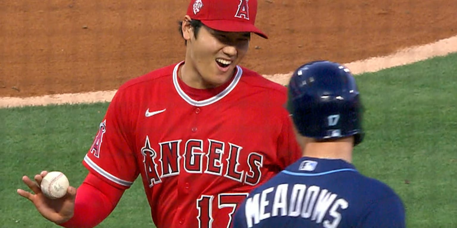 Sorry not sorry: Ohtani laughs off line drive - MLB.com