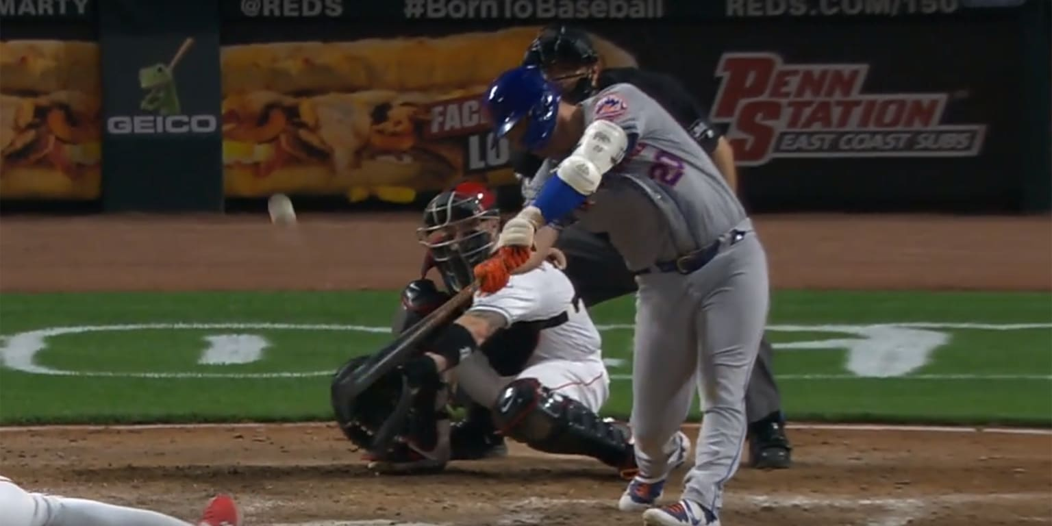 Alonso becomes 2nd rookie to hit 50 HRs