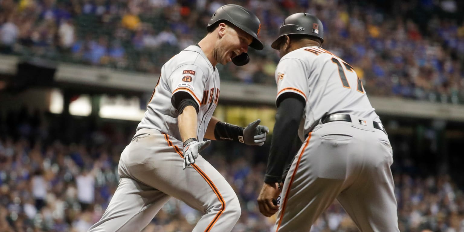 Posey's slam downs Crew as Giants hit 5 HRs