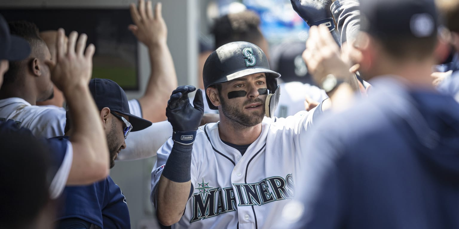 Inbox: Will Haniger, Santana remain in Seattle?